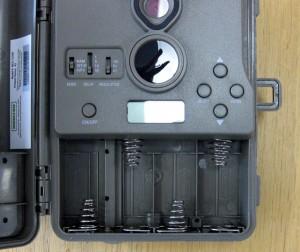 Moultlie 電池ボックスとスイッチおよび操作ボタン